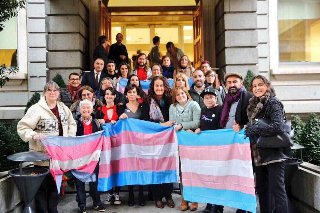 TRAVESTIS EN MADRID - travestiguide.com
